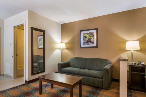 Quality Inn Bloomsburg - Hotel