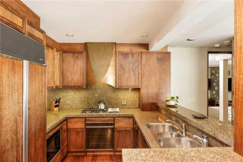 Deluxe Three Bedroom Apartment - Aspen Alps 700 - Aspen, CO 81611