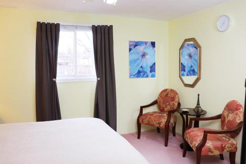 Little Paris Bed And Breakfast   Private Suite
