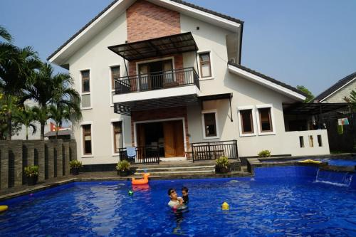 Pesona Air - Villa and Private Pool