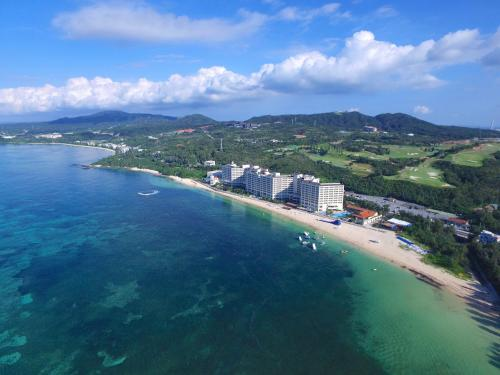 . Rizzan Sea Park Hotel Tancha Bay