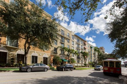 . Stunning 2 bedroom 2 bathroom apartment/condo