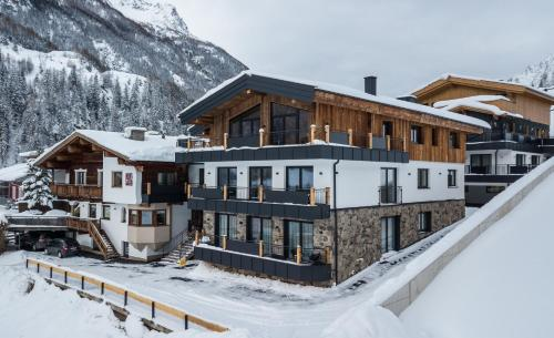 A CASA Rubin Chalet & Studio Resort Sölden