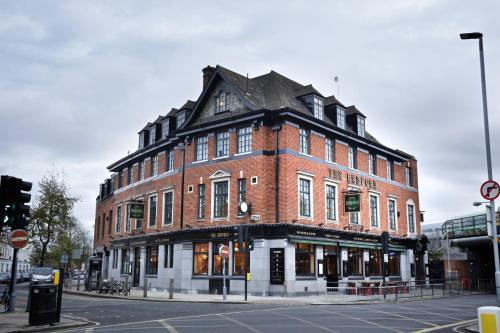 77 Bedford Hill, London SW12 9HD, England.