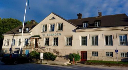 Hotel-overnachting met je hond in Hotell Slitebaden - Slite