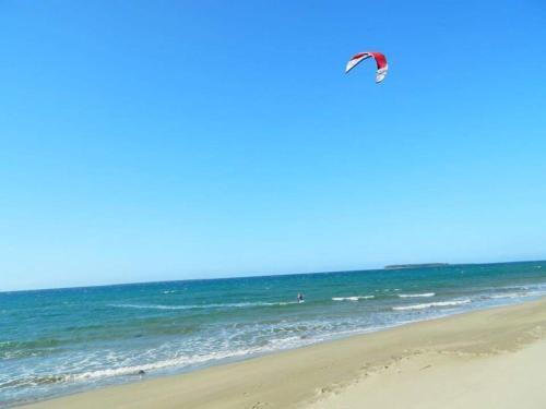 Langtaran Grove White Beach Resort, Catarman