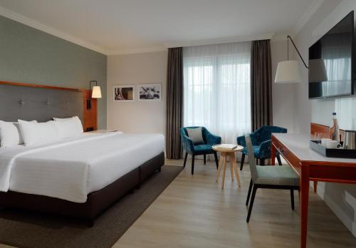 Courtyard by Marriott Hamburg Airport photo 25