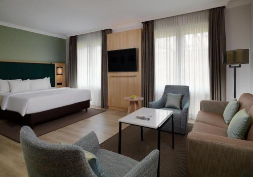 Courtyard by Marriott Hamburg Airport photo 13