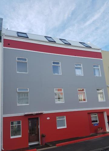 Lighthouse Apartments Aðalmynd