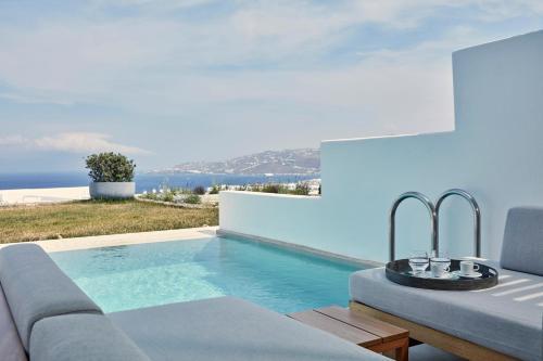 Mykonos Town 84600, Greece.