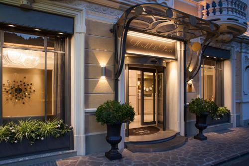 Hotel Fiori.Hotel Dei Fiori Spa E Ristorante In Italy