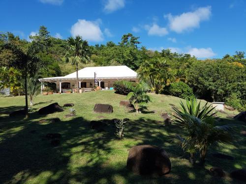 L'Ecrin Vert, La Trinité