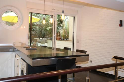 Saint Germain Luxury Loft photo 15