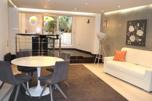 Saint Germain Luxury Loft impression