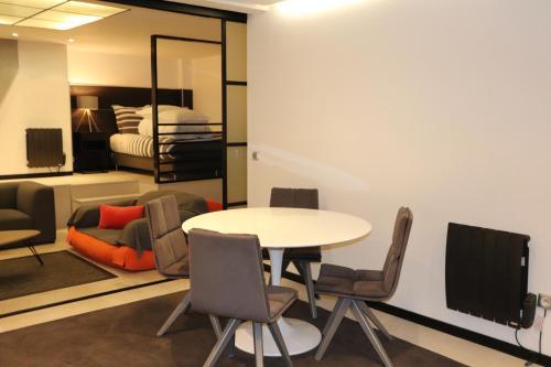 Saint Germain Luxury Loft photo 23