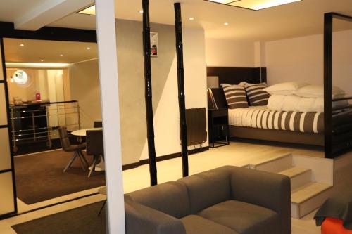 Saint Germain Luxury Loft photo 32