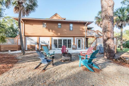 R Anchor House on St. Helena Island