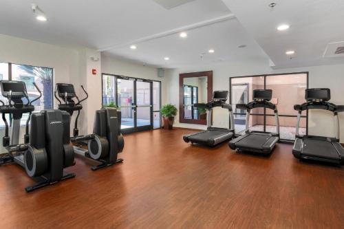 DoubleTree Suites by Hilton Sacramento - Rancho Cordova - Rancho Cordova, CA 95742