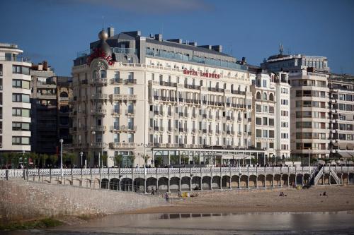 . Hotel de Londres y de Inglaterra