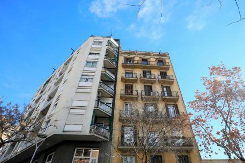 Bbarcelona Sagrada Familia Garden Apartment photo 2