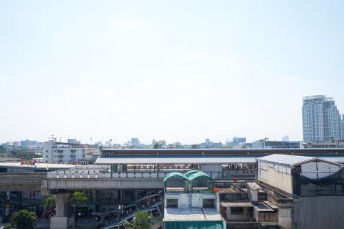 Bangkok Feliz Sukumvit69 photo 58