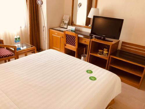 صور غرفة Hotel Al Madinah Holiday