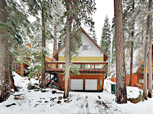 Conifer Home Home - Hotel - Truckee