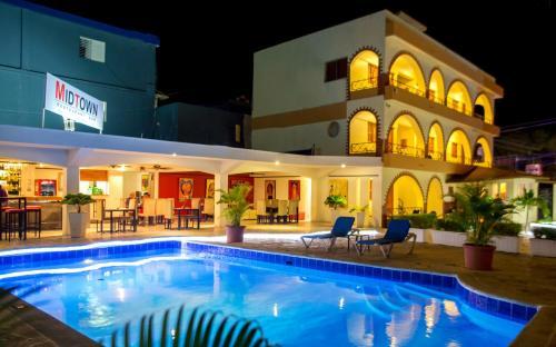. Hotel Las Palmeras