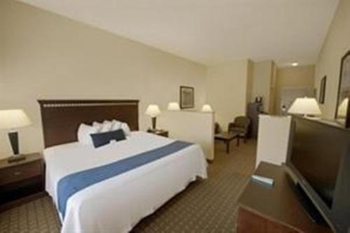 Holiday Inn Express And Suites Allentown West