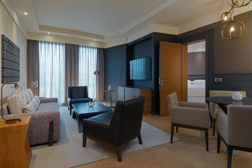 Premium Executive King Suite with Club Lounge Access