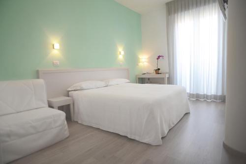 . Maree Hotel