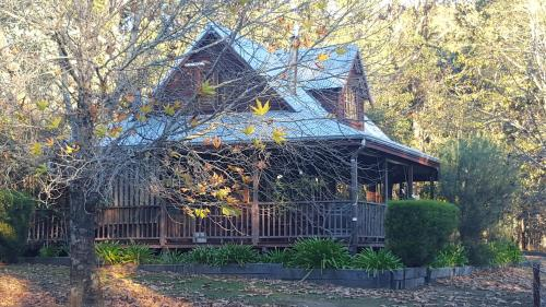 . Redgum Hill Country Retreat