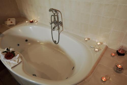 Double Room with Spa Bath La Fuente del Sol 12