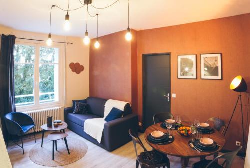 SejourPoitiers ★ Charmant appartement ★ 1 chambre séparée ★ 300m de la gare et accès direct au coeur historique - Location saisonnière - Poitiers