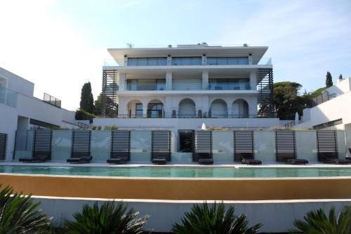 . Villa Maxima