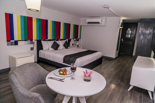 Photo - Hotel El Ejecutivo by Reforma Avenue