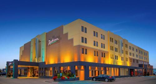 Radisson Hotel Red Deer - Red Deer, AB T4P 1A2
