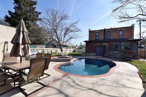 Tolle House 305 - Paso Robles, CA 93446