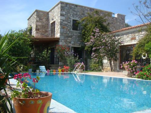 Important Group | Villa Citrus - Accommodation - Bitez