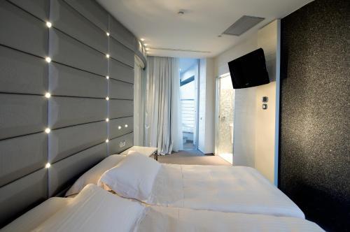 Via VII Traversa Mare 17, 48015 Milano Marittima (RA), Italy.