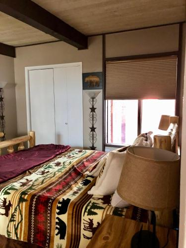 Three-Bedroom Deluxe Unit #23 by Escape for All Seasons - Big Bear Lake, CA 92315