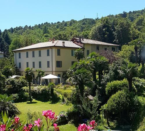 Villa Corti - Accommodation - Como