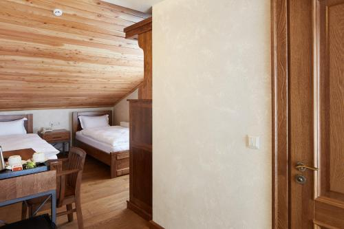 Triple Room with Spa Access