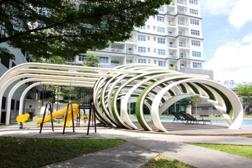 ABUNDANCE@NEAR IOI MALL PUCHONG CITYVIEW 6 PAX, Kuala Lumpur