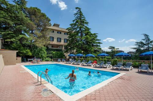 Hotel-overnachting met je hond in Residence Villa Elena - Guardistallo