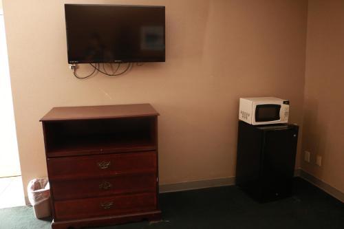 Country Club Motel