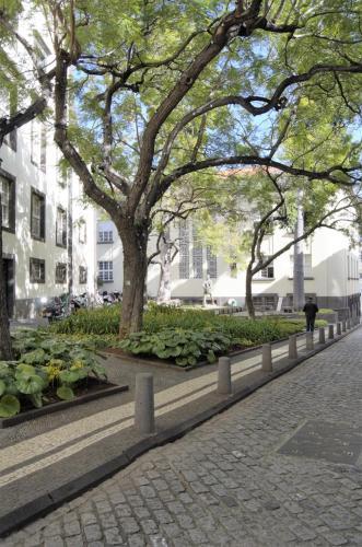 Apartamentos Funchal By Petit Hotels