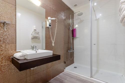 Hotel INN Rossio photo 74