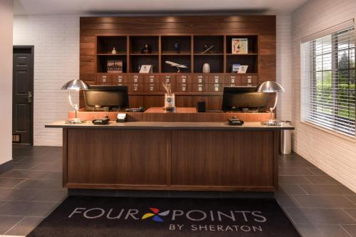 Four Points By Sheraton Mount Prospect O'Hare