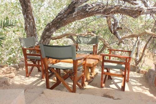 Lion's Cave Camp, Samburu